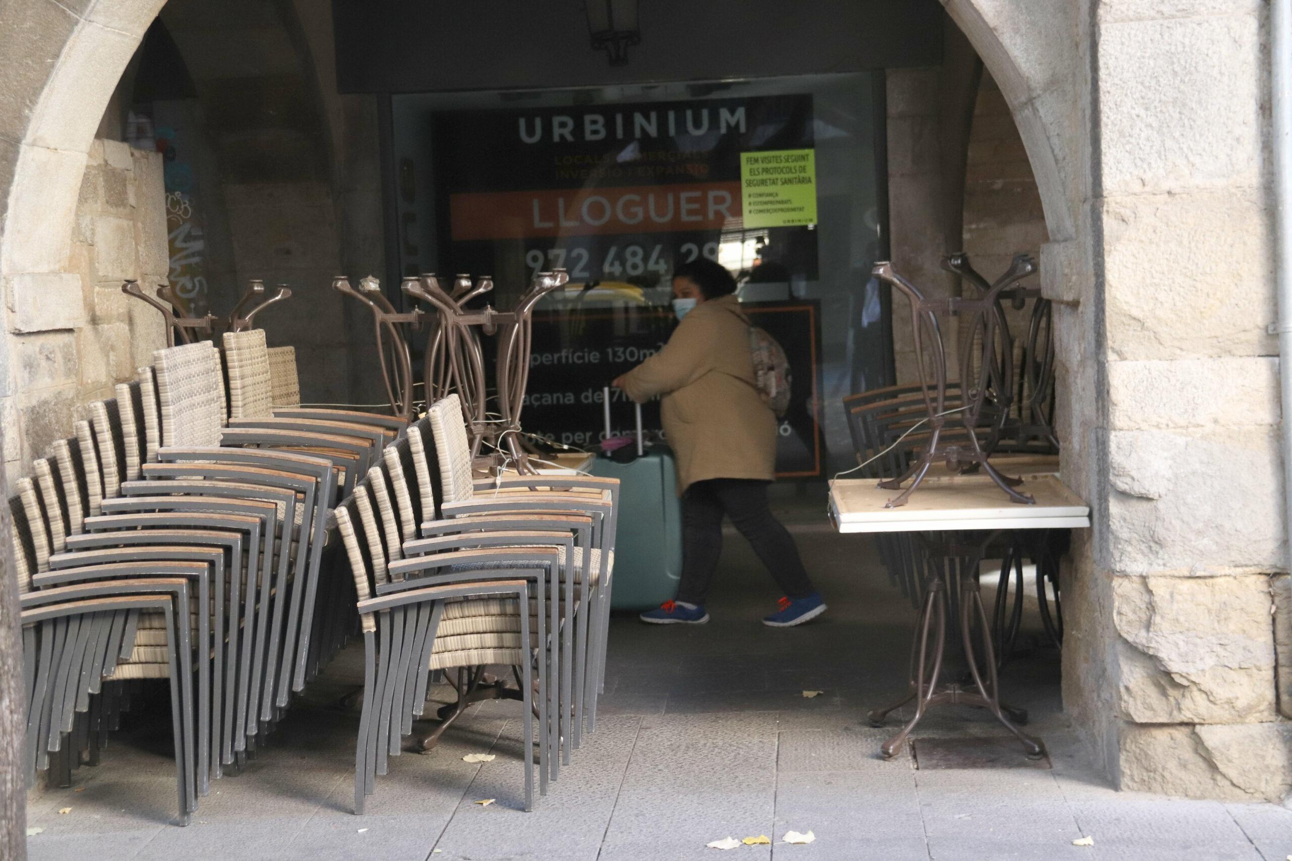 Una terrassa plegada d'un bar de Girona   ACN