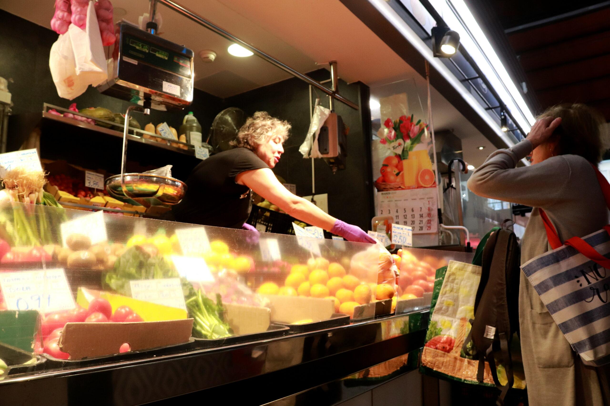 Una fruiteria del Mercat Central de Tarragona | ACN