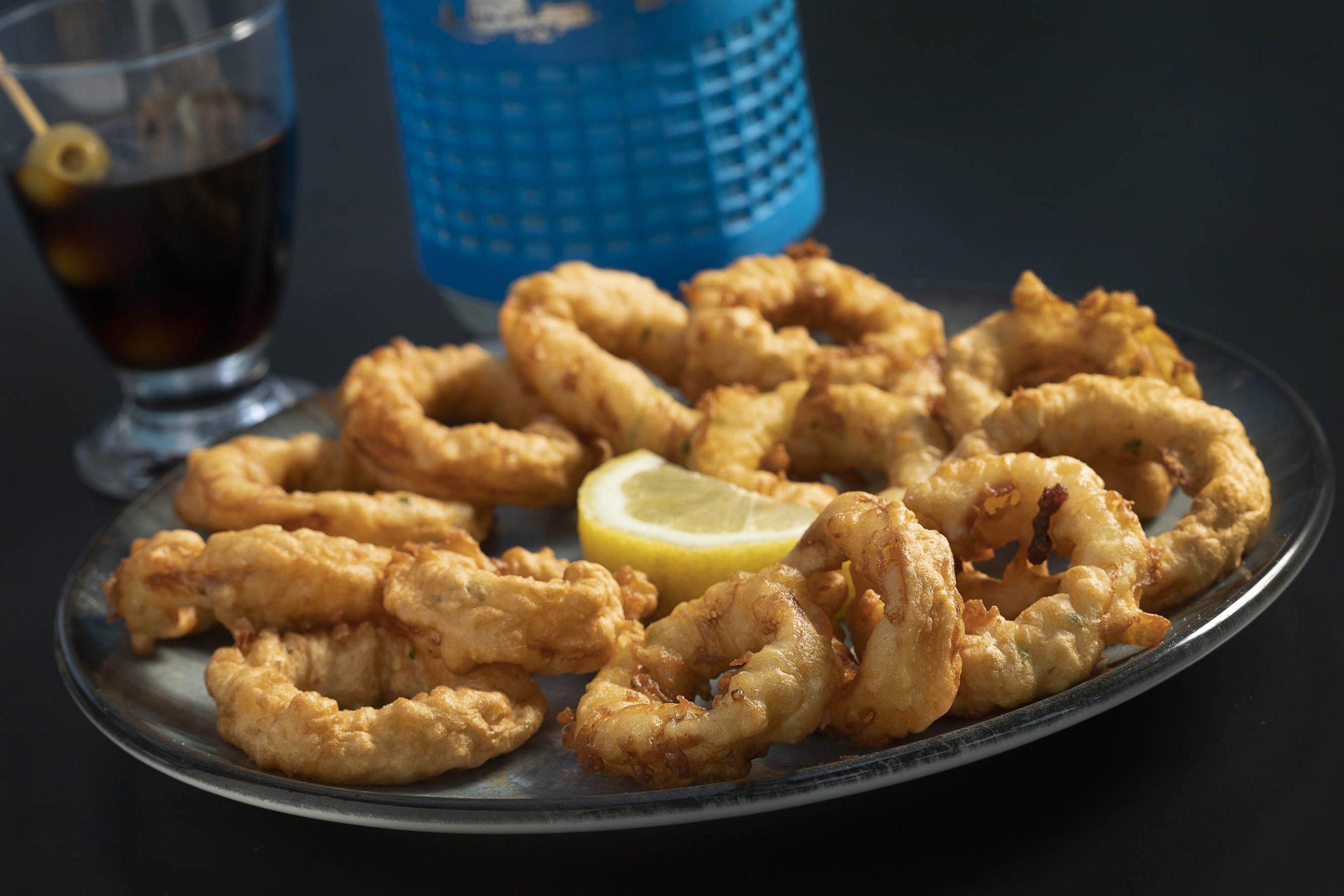 Els calamars a la romana del restaurant Mediterrani Blau, d'Amposta | Jordi Play