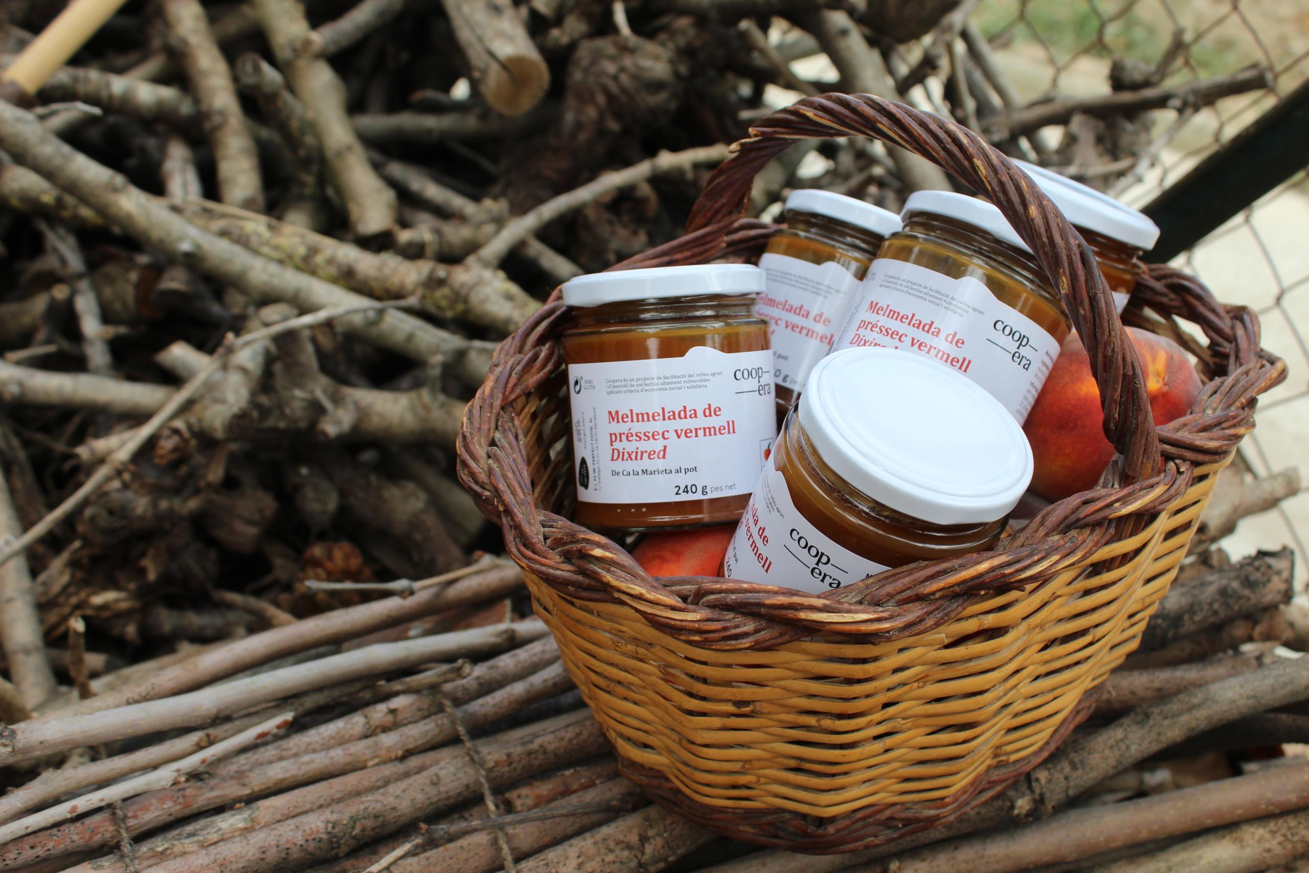 Coopera treu al mercat la seva primera melmelada de préssec | Cedida